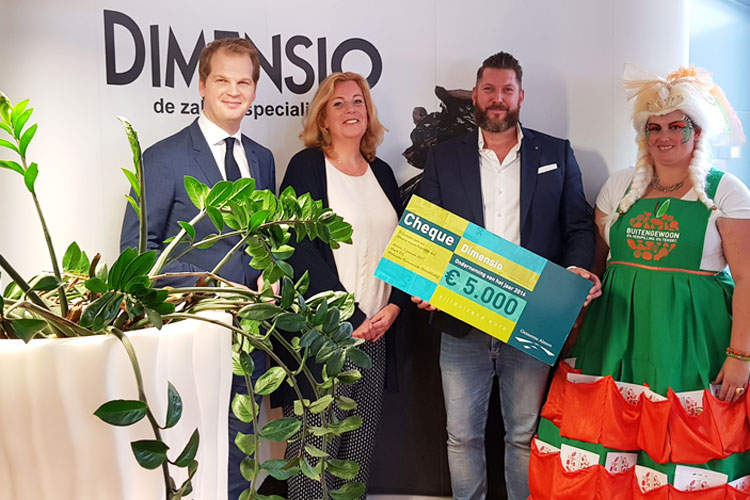Dimensio doneert 5000 euro! Dimensio donates 5000 euro!